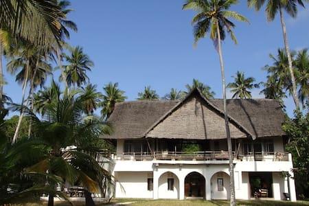 Swali Beach House, Msambweni - Msambweni - Hus