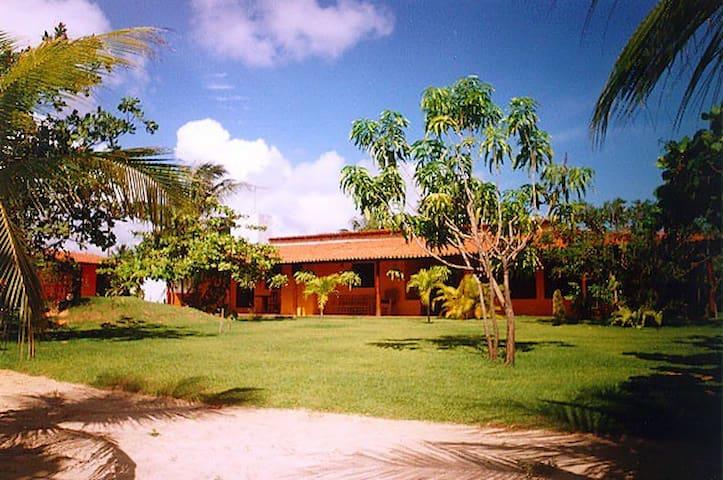 Zentrales Haus mit großem Garten - Taiba - Casa