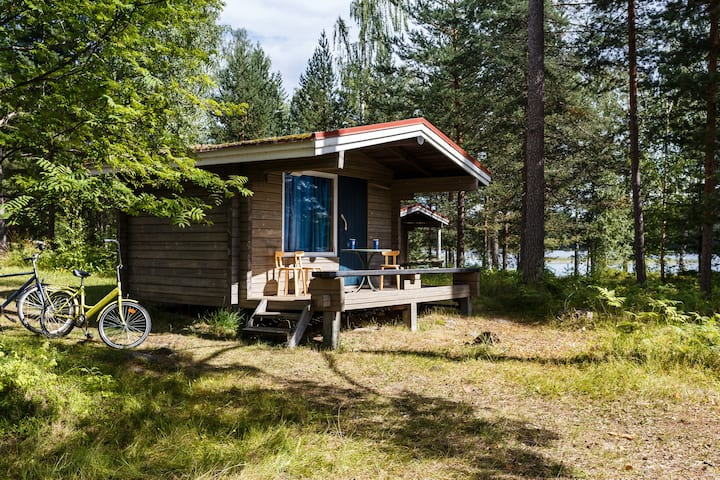 Four-bed camping summer house