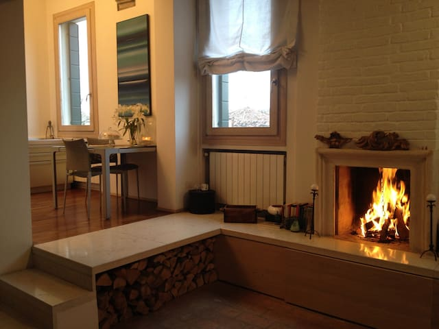 Design flat in old town centre - Dolo - Leilighet