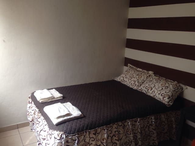 Comfortable room like home with minibar - Tuxtla Gutiérrez - บ้าน