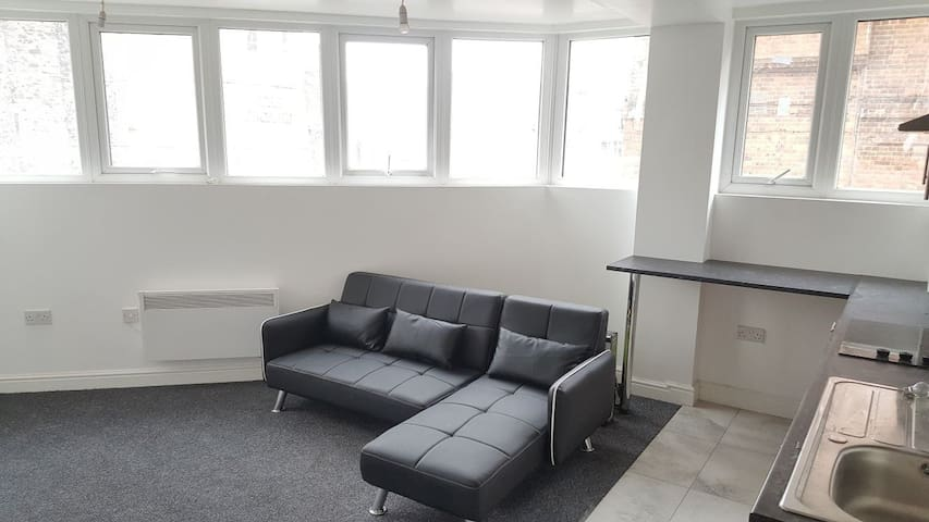 Modern One Bed Flat- Belgrave Gate- Leicester-
