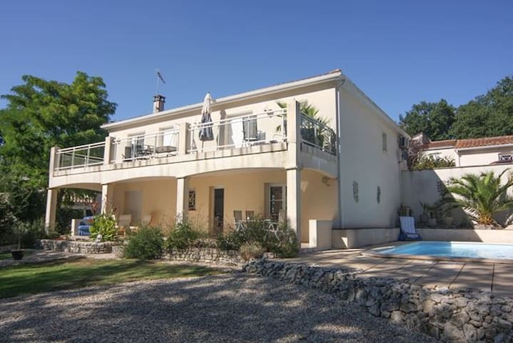 Villa With Pool in the Grande Champagne