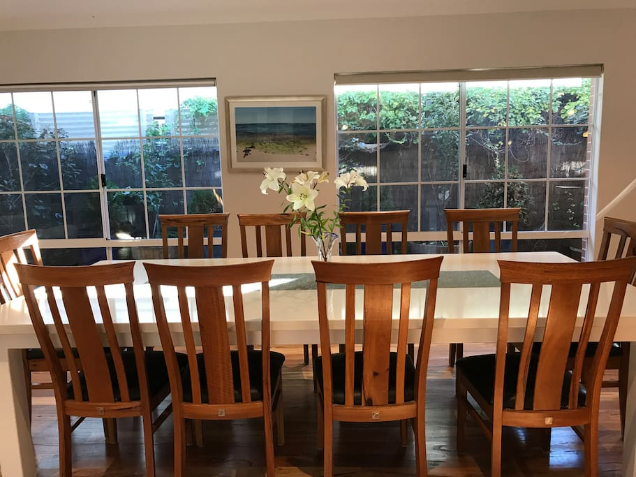 3/22: Dining table