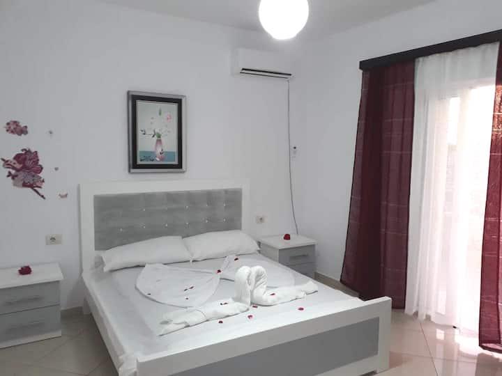 Guesthouse Shehu  3 Apartaments