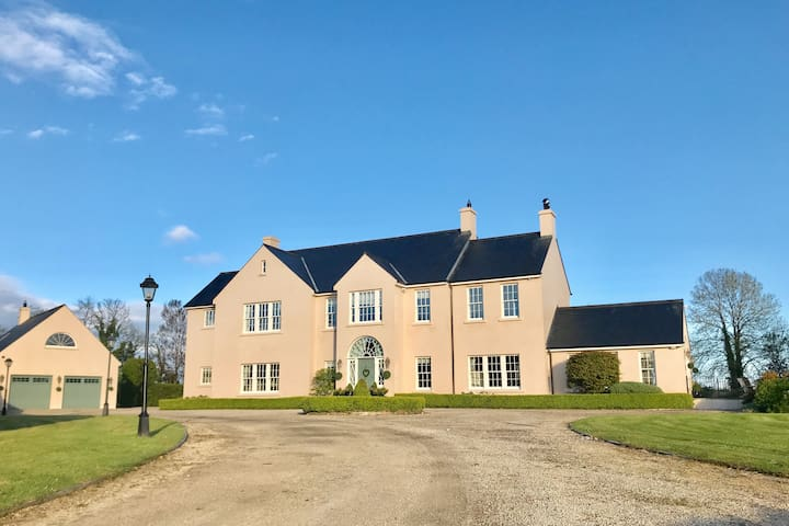 Luxury Country Villa in Fermanagh's Lakeland