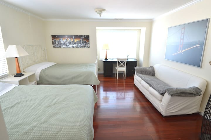 1333C Large Double Queen-Bed Room near SFO