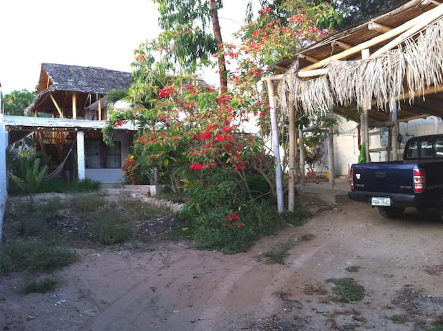 Department in a wooden house - Puerto Lopez - Flat