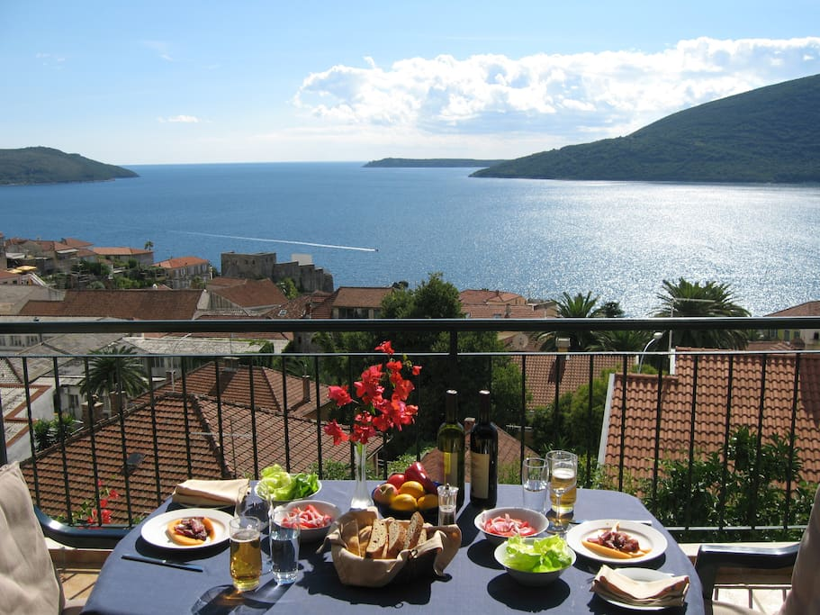 At Zuta Kuca, lunch on the terrace, September