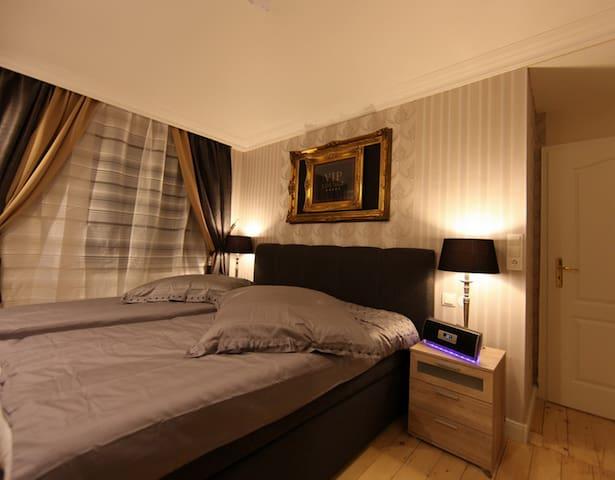 Yibis Apartment 5