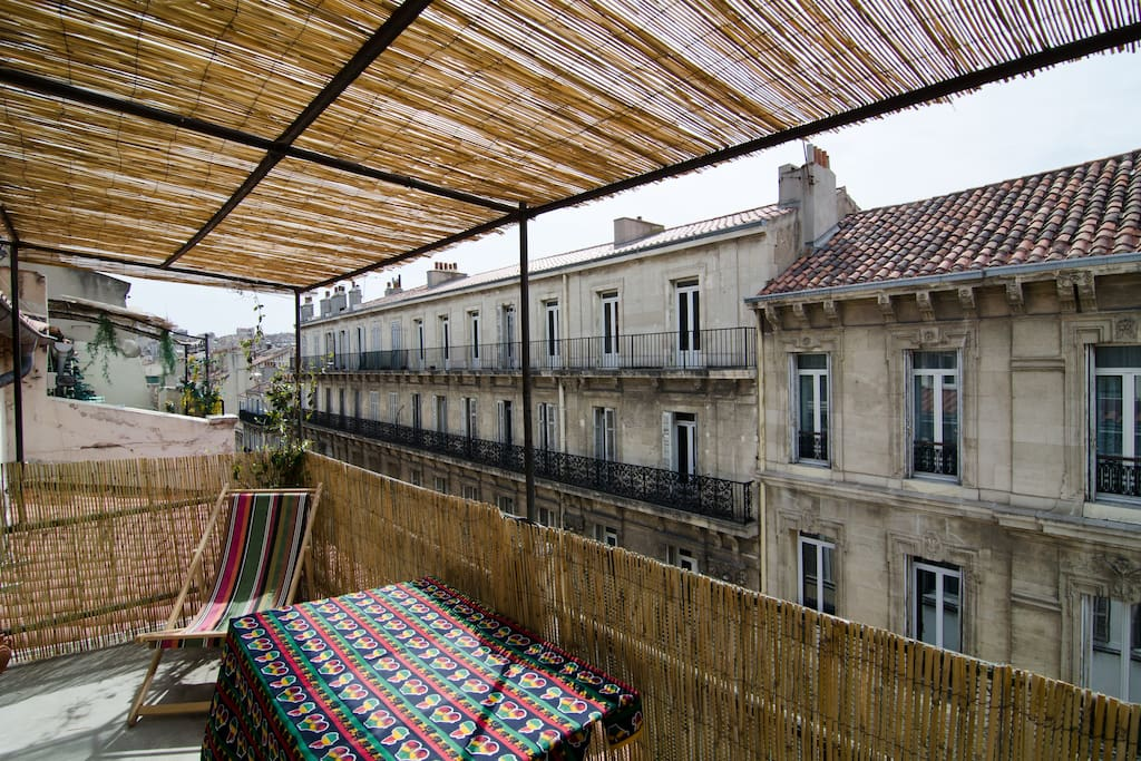 Our terrace is 10 sqm with a 100% south sunny-exposition, with lots of canisses providing shady atmosphere.
