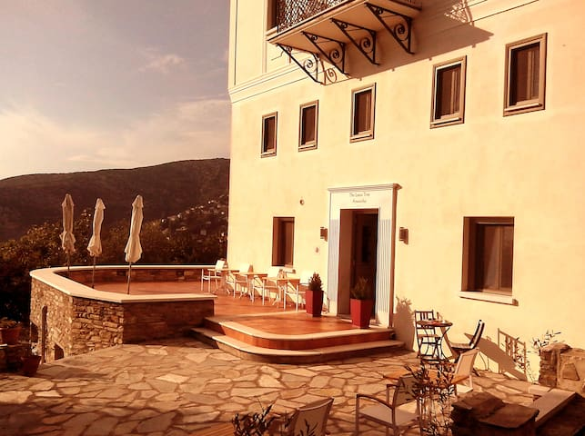 Traditional stone mansion of 1884 - Portaria - Bed & Breakfast