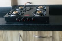 4 burner Glass top stove