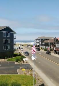 Beach Condo (Ocean View) - Seaside - Departamento
