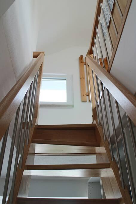 Barrierefrei sind wir leider nicht: Diese Treppe darfst Du erklimmen.