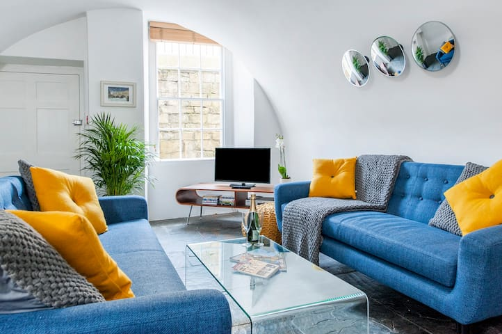 The Vaults, Emberton House, Bath. - Bath - Apartment