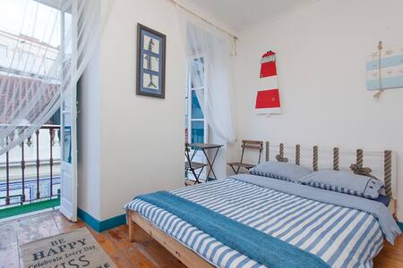 Bed and breakfast in downtown - Lisbonne - Appartement