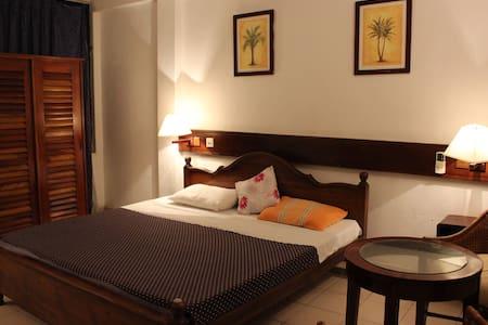 mamas coral beach hotel - Hikkaduwa