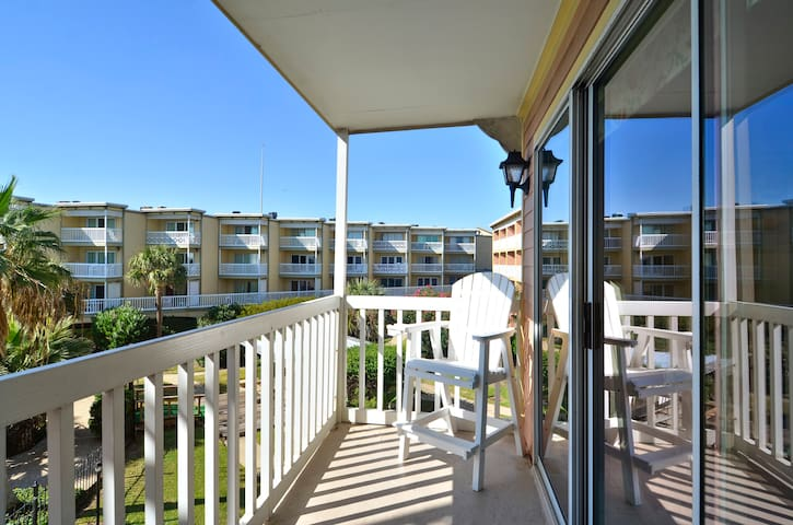 BC's Beach Condo has the perfect views of the gulf and Waterfall Lagoon pool!