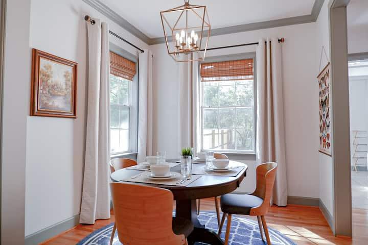 Elegant Charleston Style Home 2BR ☆Downtown Cola☆