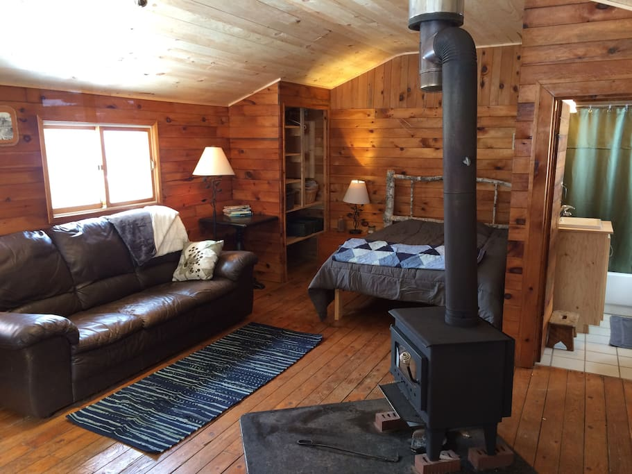Cozy wilderness cabin along the Cabot Trail
