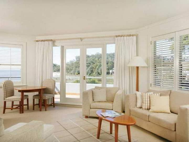 Large Suite Standard At Port Stephens