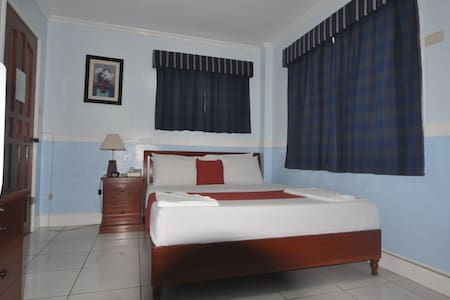 Standard Room 2 w/ WiFi - Bed & Breakfast