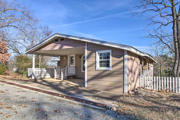 NEW! Fisherman-Friendly Bull Shoals Home on Lake!