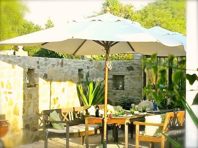 Guesthouse MEERLUST - LAS BALLENAS - Los Caños de Meca - Bed & Breakfast