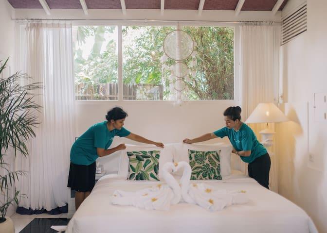 Romantic Luxe 1BR Suite w/Staff - 20%Oct Discount!