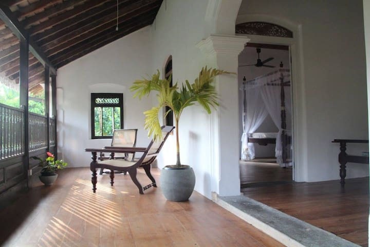 5 min walk to secluded beach nr Hikkaduwa & Galle - Dodanduwa - Villa