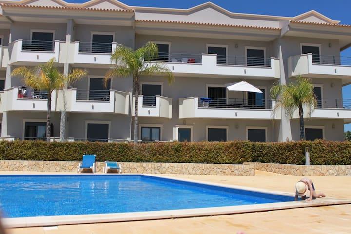Apartamento Quinta do Pinheiro Residence - Albufeira - Appartement