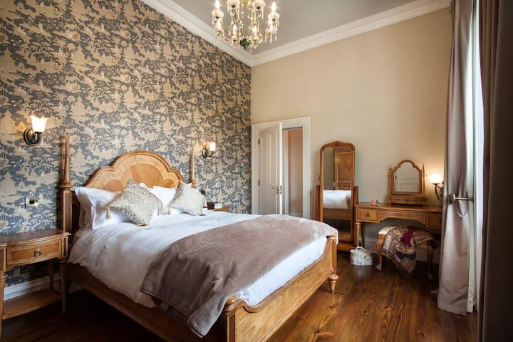 Butler Suite Bedroom