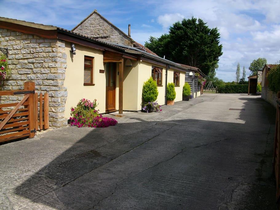 The Barton Annexe and yard