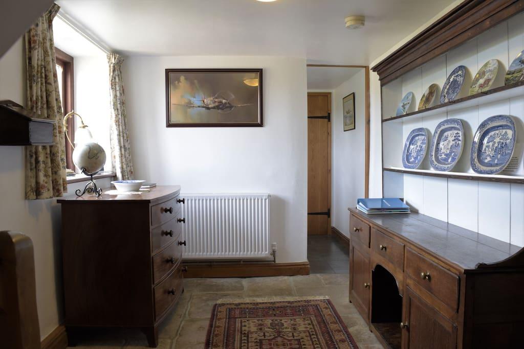 2 Ivy Cottages Billingham - entrance hallway