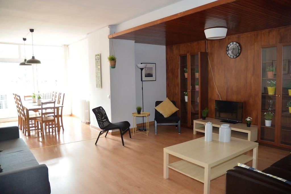 4 br near pl catalu a espa a olebcn appartamenti in for Appartamenti barcellona affitto vacanze