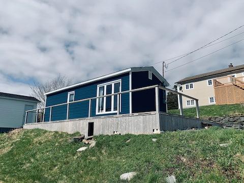 Small Seaside Cottage in Dildo Cove