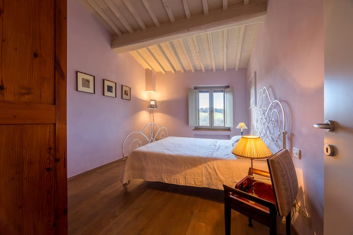 Apartment Casa Bondi with view of San Gimignano - San Gimignano - Apartemen