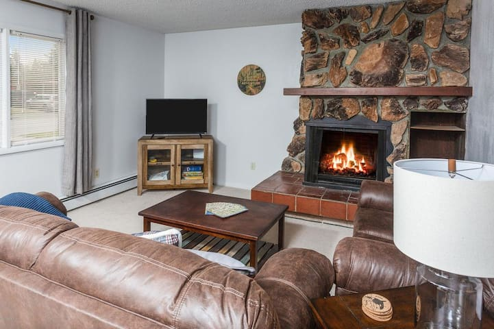 Centrally Located with Alaskan Charm