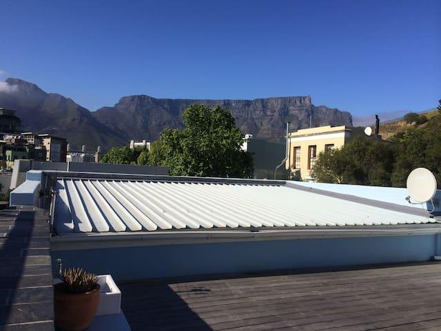 2-bedroom cottage in De Waterkant - Cape Town - Rumah