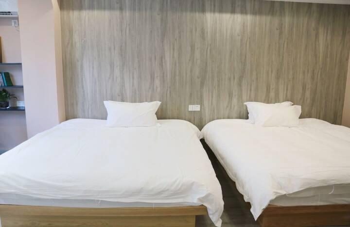 万达/台州学院附近,双大床房,玖居