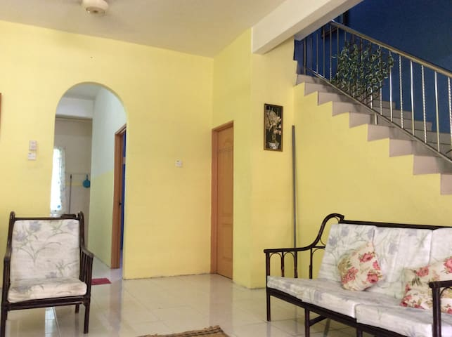 4-bedrooms homestay