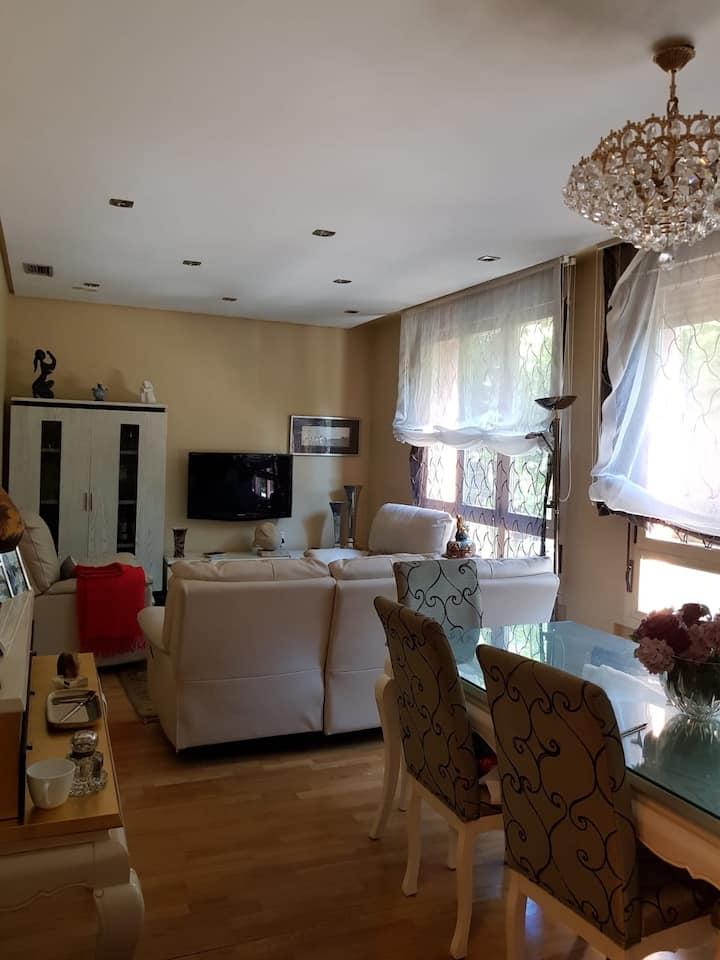 Dos habitaciones privadas en apartamento centrico