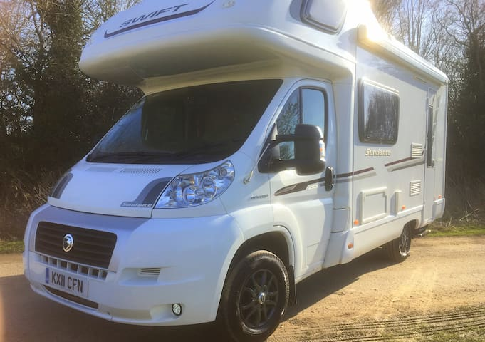 Swift Sundance Motorhome - 5 berth, 4 safety belts
