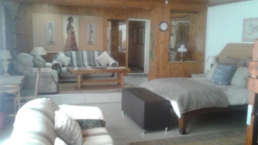 Comfortable guest house in a quiet area
