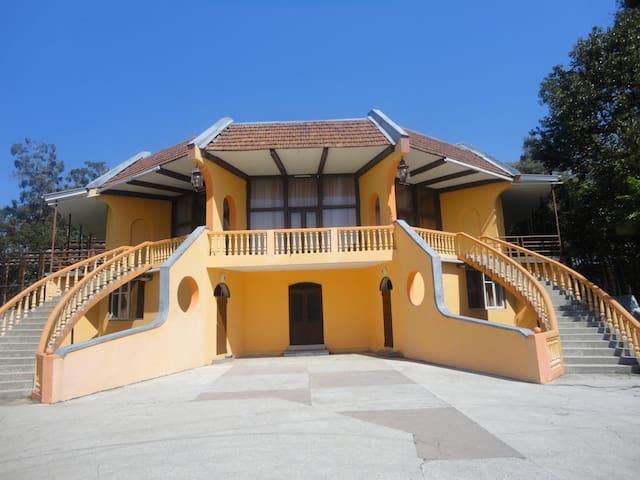 TEA HOUSE - ჩაქვი - House