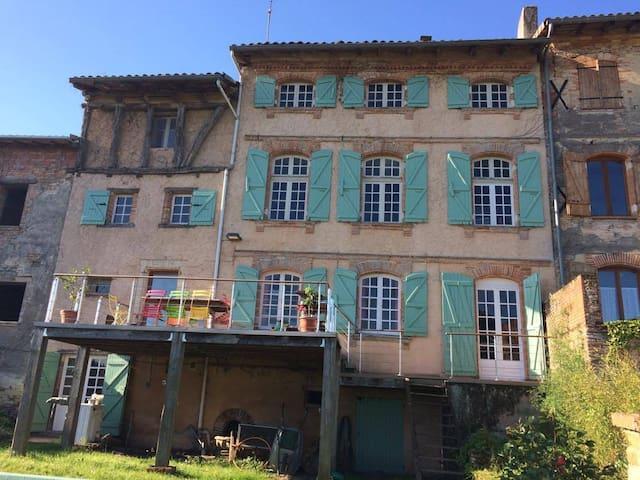 ProcheToulouse chambres dans maison atypique - Vacquiers - Casa