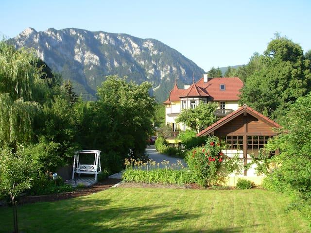 Ferienwohnung in der Villa Wildbach - Edlach an der Rax - Vakantiewoning