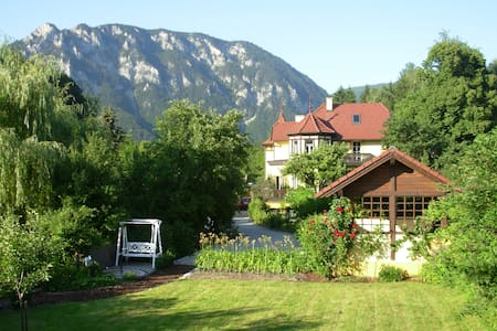 Ferienwohnung in der Villa Wildbach - Edlach an der Rax - Отпускное жилье