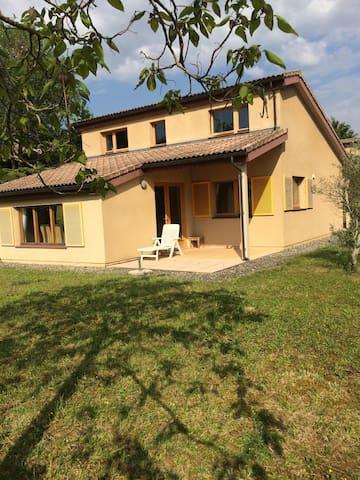 Maison Lombez- Gers 90m2 6personnes - Lombez - Hus
